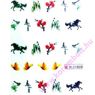Akril hatású körmösmatrica lovakkal