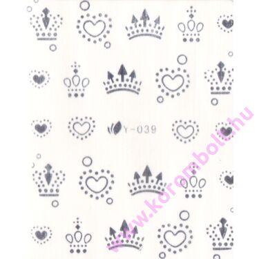 Királynői, korona köröm minta
